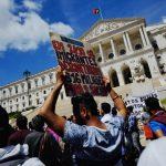Governo regulariza todos os imigrantes que tenham pedidos pendentes no SEF